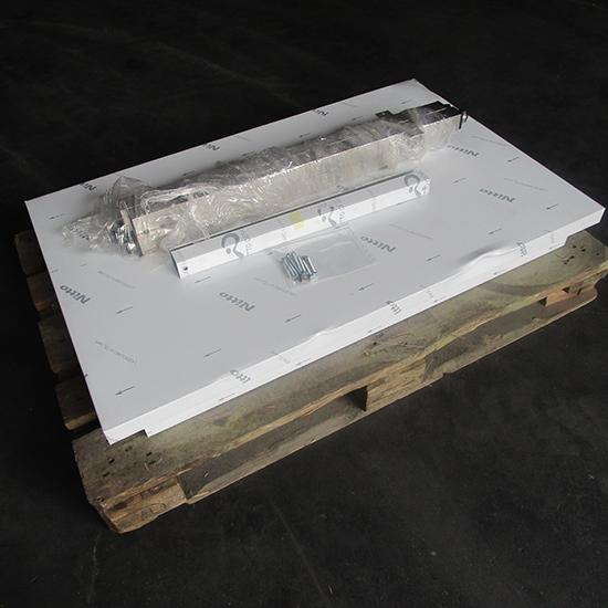 Bancada em inox sem prateleira, sem alçado, 1100x700 mm - DANIFICADO